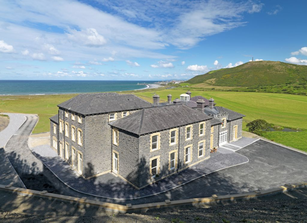 Plas Tanybwlch Mansion, Rhydyfelin